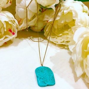 Jewelry - Beautiful long gold and turquoise necklace